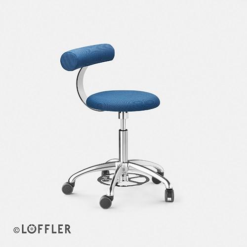 Löffler AOGO Hocker mit Lehne, FK poliert, Sitz 40mm, Fußauslöse