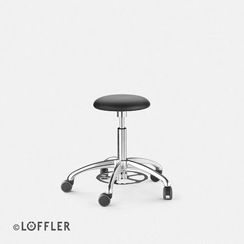 Löffler ERGO Hocker, FK poliert, Fußauslöse, Sitz 30mm